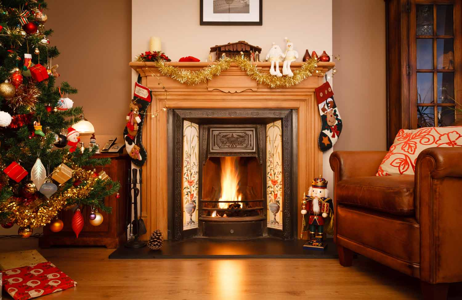 Cosy fireplace anbd christmas tree